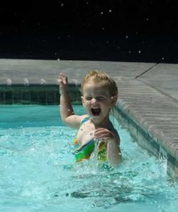 tasi pool splash 251x300 Capturing Your Treasured Memories
