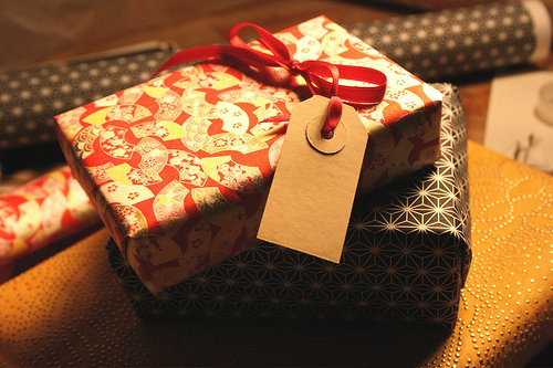 medium 3131341442 10 Great Tips to Keep Christmas Gift Giving Affordable